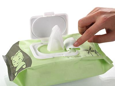流言揭秘:湿巾不能加防腐剂?